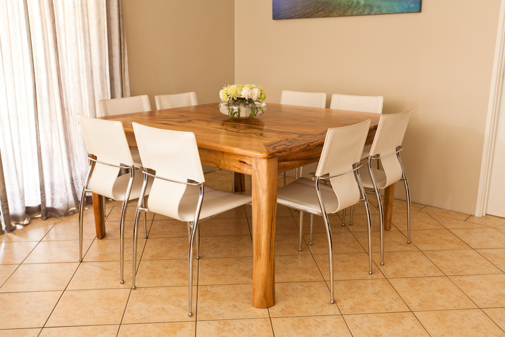 Marri Extendable Dining Room Table Peterwalkerfurnitureblog